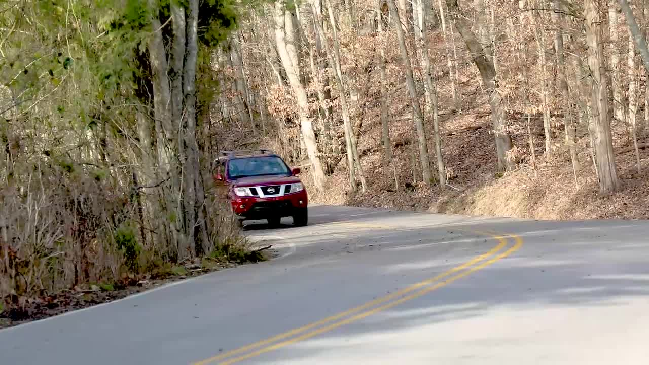 2020 Nissan Frontier debuts with 'heart of the next-generation Frontier' - Image 3
